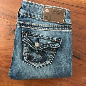 Silver Jeans McKenzie fit Size 26